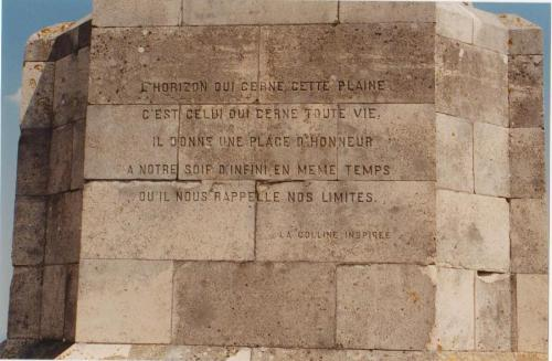 Inscription du Monument Barrès à Sion-Vaudémont